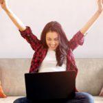 Un PC offert pour toute inscription avant le 15 novembre!'